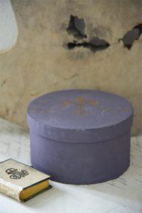 Vintage Paint Kreidefarbe dunkler Lavendel von Jeanne d'Arc Living